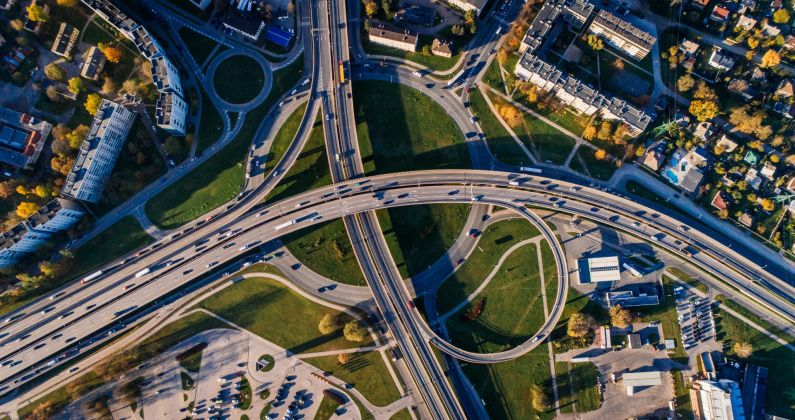 Đầu tư hạ tầng giao thông